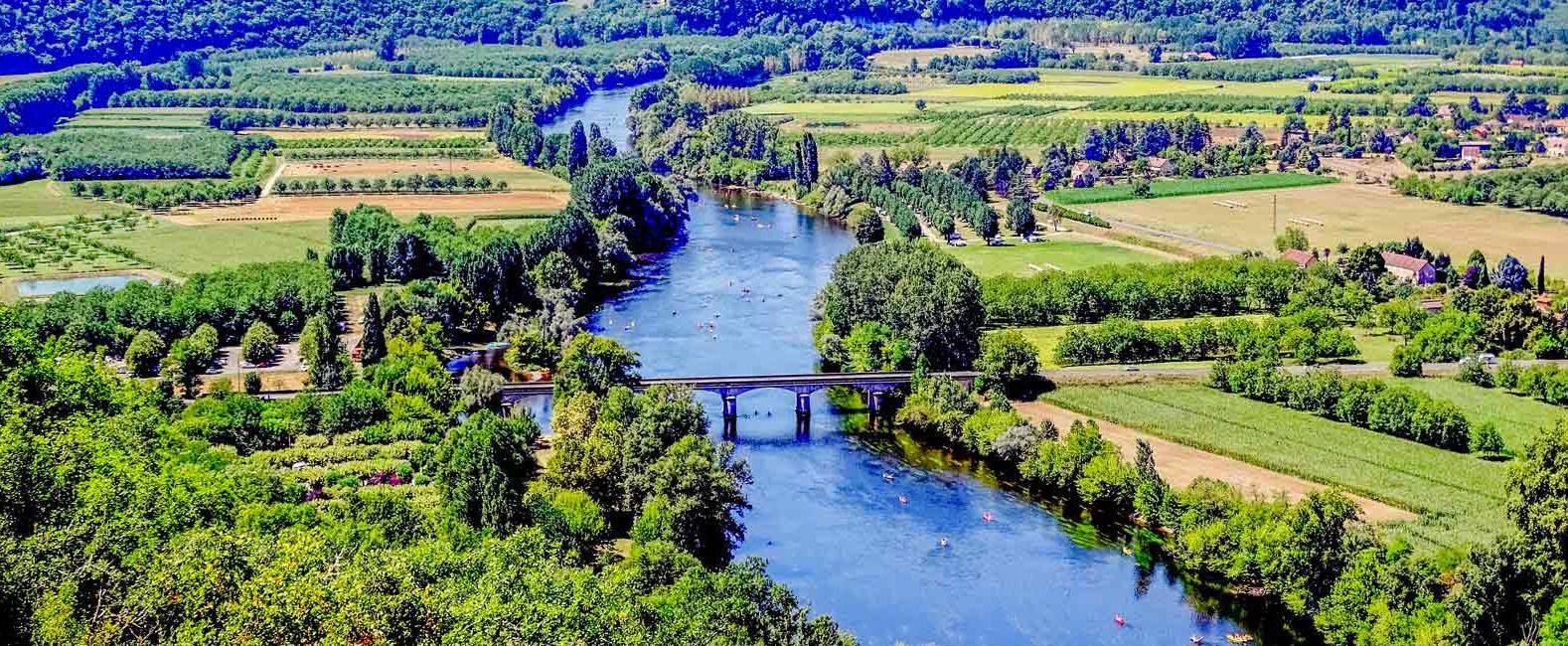 camping bord de Dordogne