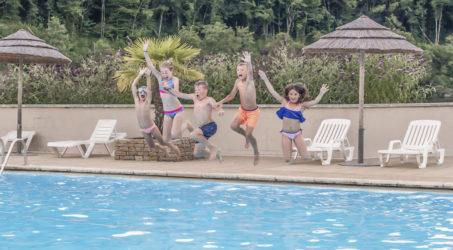 piscine avec pataugeoire camping gibanel