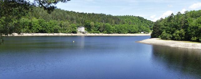 Lac des Bariousses, à Treignac