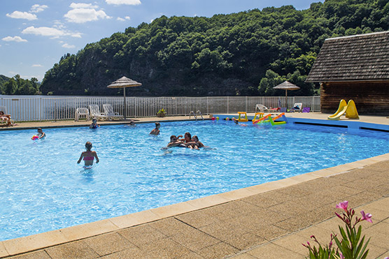 Camping Corrèze avec piscine